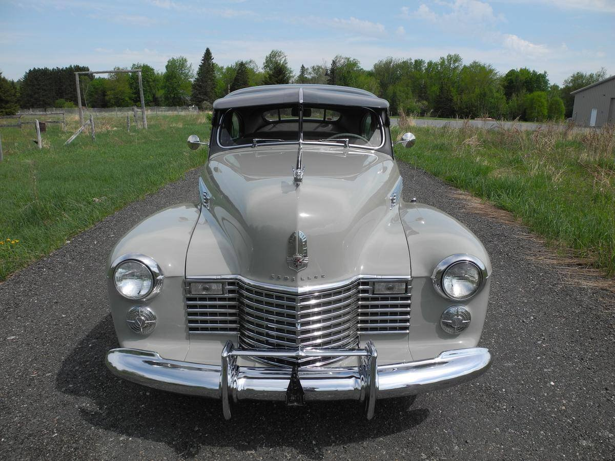 1941 Cadillac 61 2DR Sedanette For Sale (picture 3 of 6)