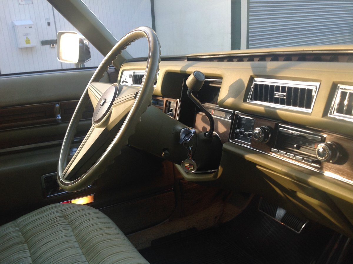 1974 Cadillac Sedan Deville 46,700 miles 1975 Superb   For Sale (picture 3 of 6)