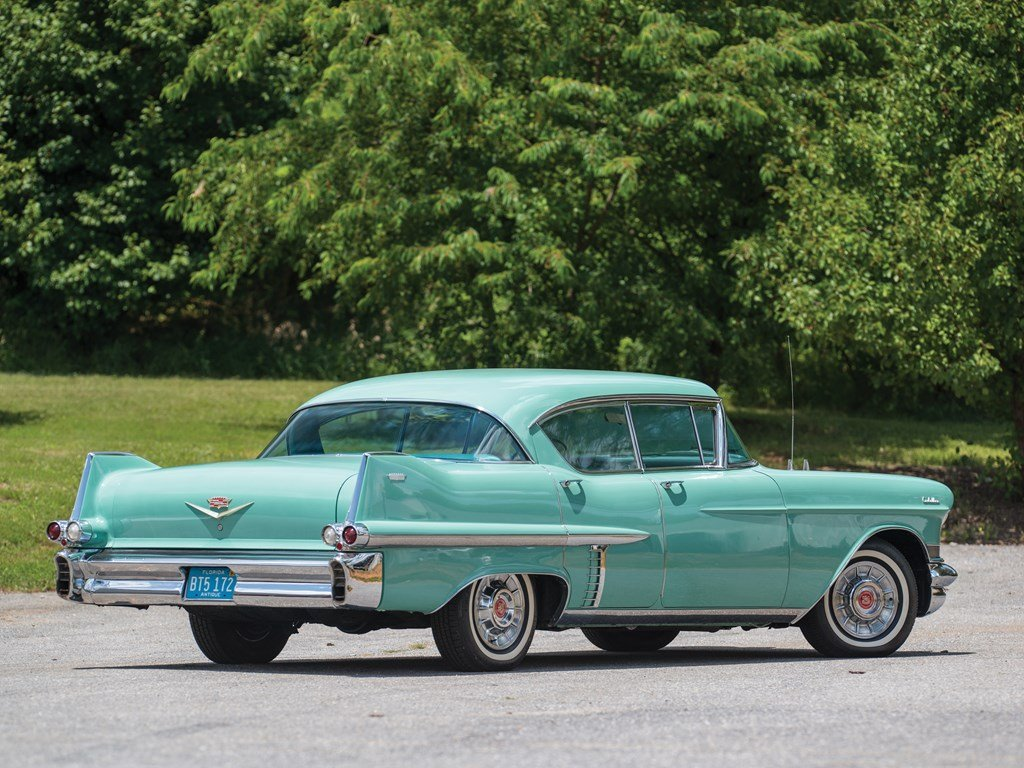 1957 Cadillac Series 62 Hardtop Sedan  For Sale by Auction (picture 2 of 6)