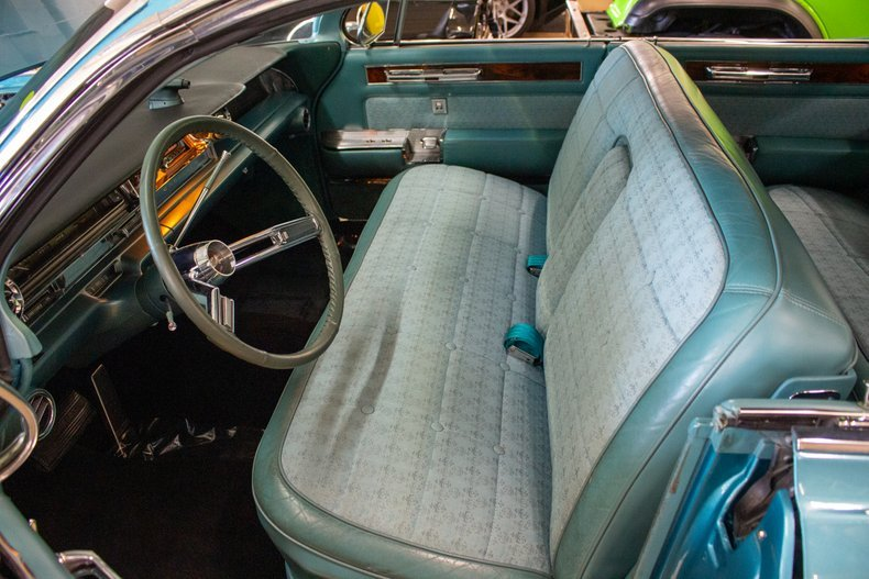 1961 Cadillac Fleetwood Sixty Special Sedan Turquoise $29.9k For Sale (picture 3 of 6)