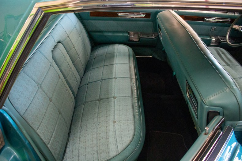 1961 Cadillac Fleetwood Sixty Special Sedan Turquoise $29.9k For Sale (picture 5 of 6)