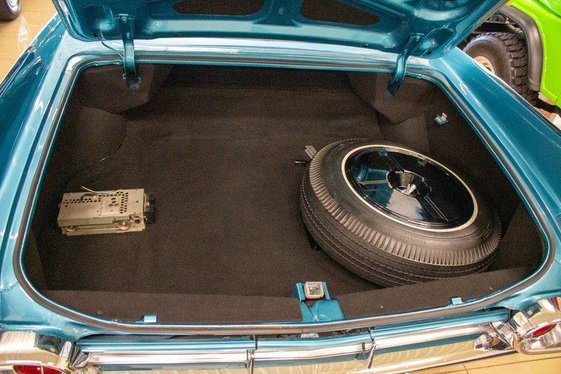 1961 Cadillac Fleetwood Sixty Special Sedan Turquoise $29.9k For Sale (picture 6 of 6)