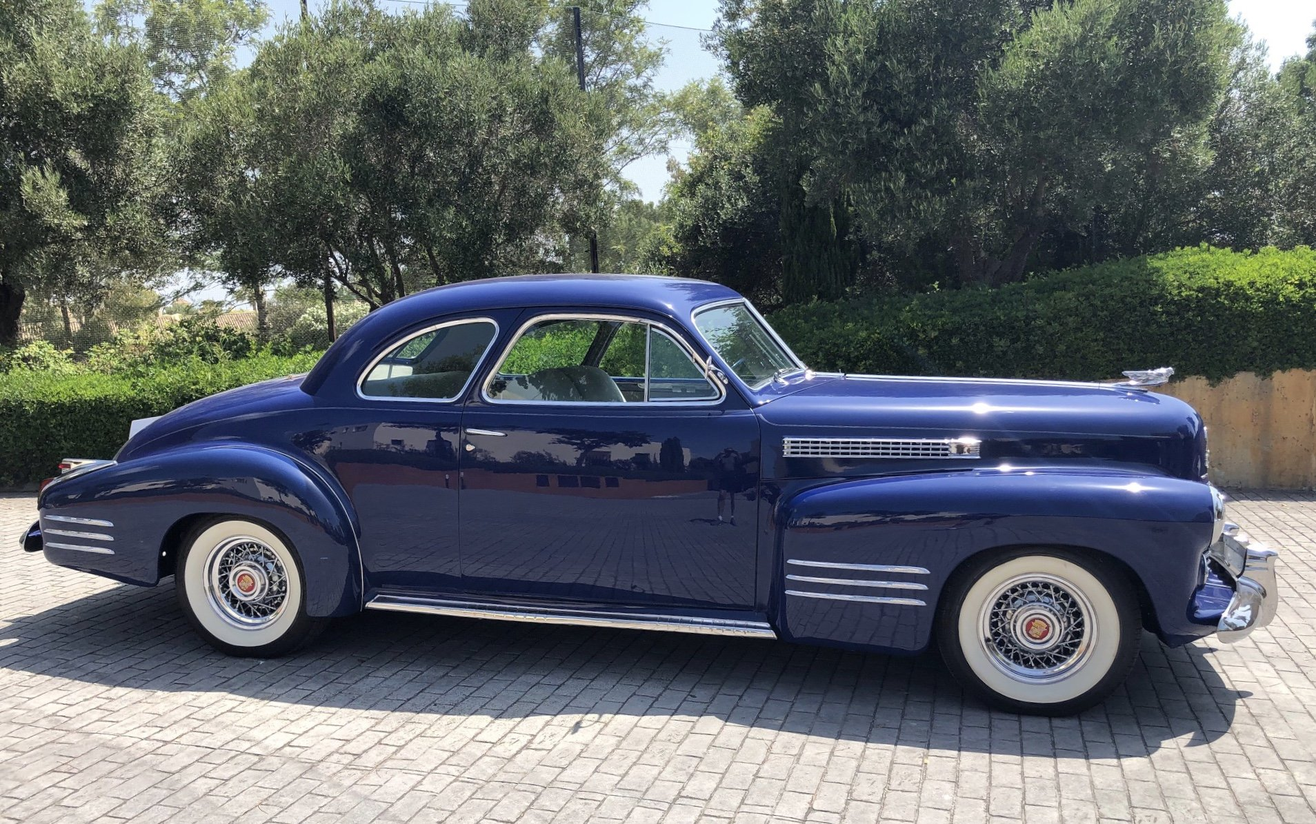 1941 Fastback 2 door coupe - rare & stunning condition For Sale (picture 2 of 6)