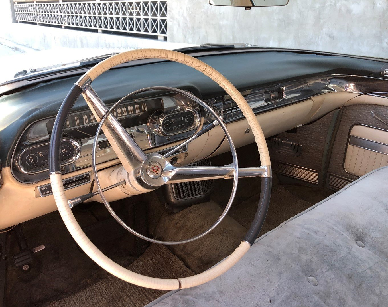 1957 CADILLAC SERIES 62 SEDAN DEVILLE For Sale (picture 3 of 6)
