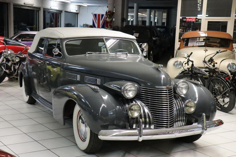 1940 Cadillac Convertible Sedan  For Sale (picture 2 of 6)