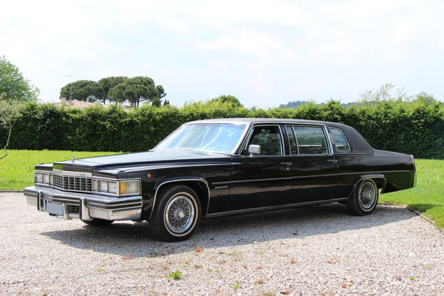 1977 Cadillac Fleetwood Limousine  For Sale (picture 1 of 6)