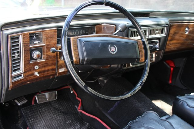 1977 Cadillac Fleetwood Limousine  For Sale (picture 2 of 6)