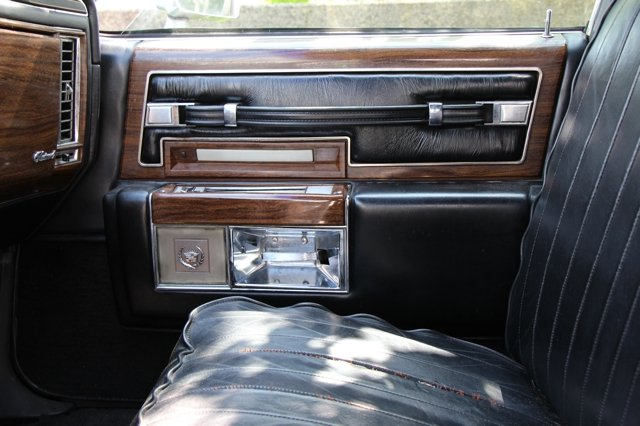 1977 Cadillac Fleetwood Limousine  For Sale (picture 4 of 6)