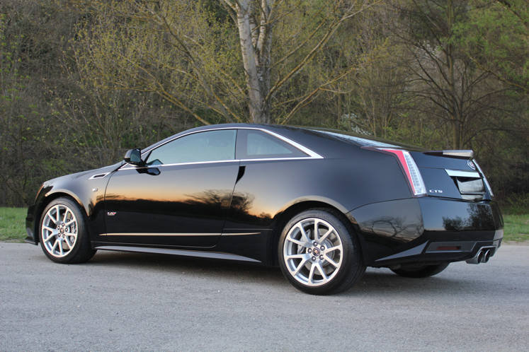 Cadillac CTS-V Coupe 2011 For Sale (picture 3 of 6)