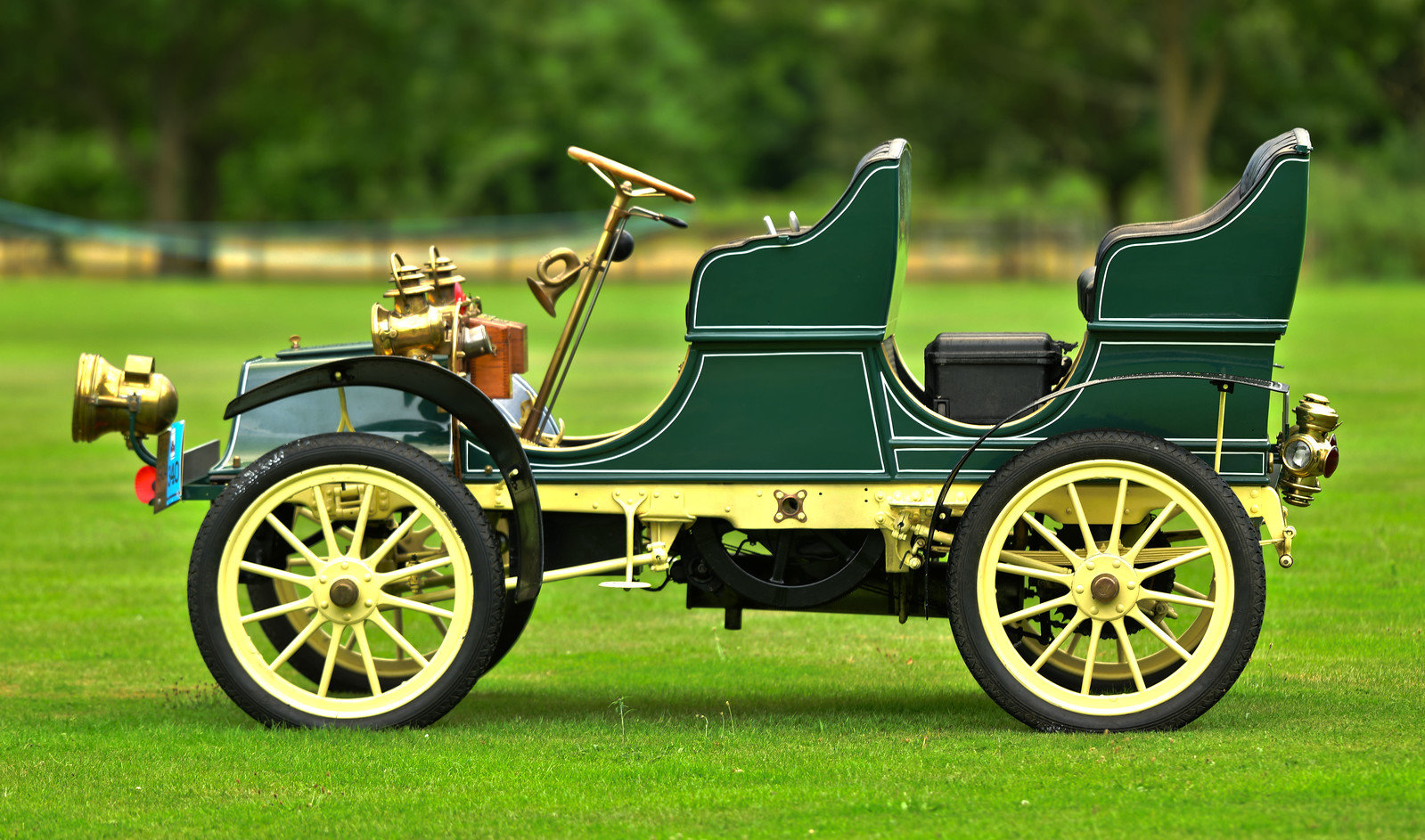 1904 Cadillac Model B 8.25hp Surrey SOLD (picture 3 of 6)