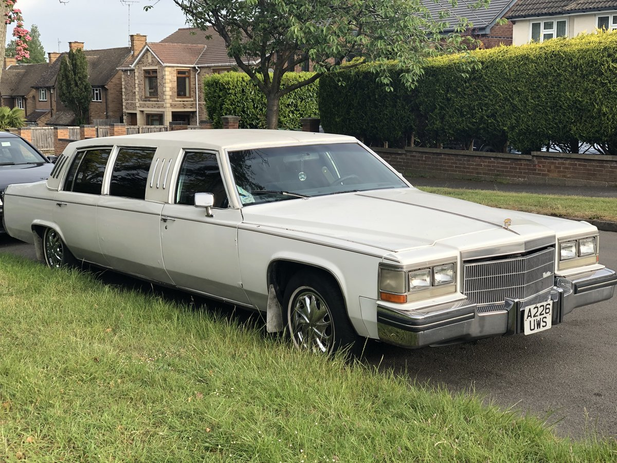 1983 Cadillac stretch Deville v8 For Sale (picture 1 of 4)