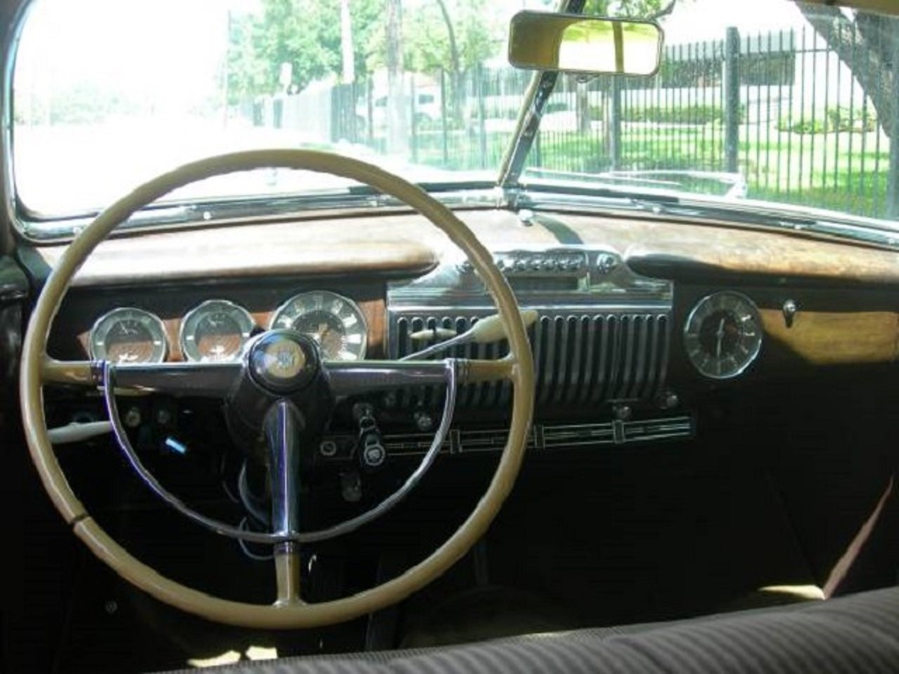 1947 Cadillac 62 4DR Sedan For Sale (picture 4 of 6)