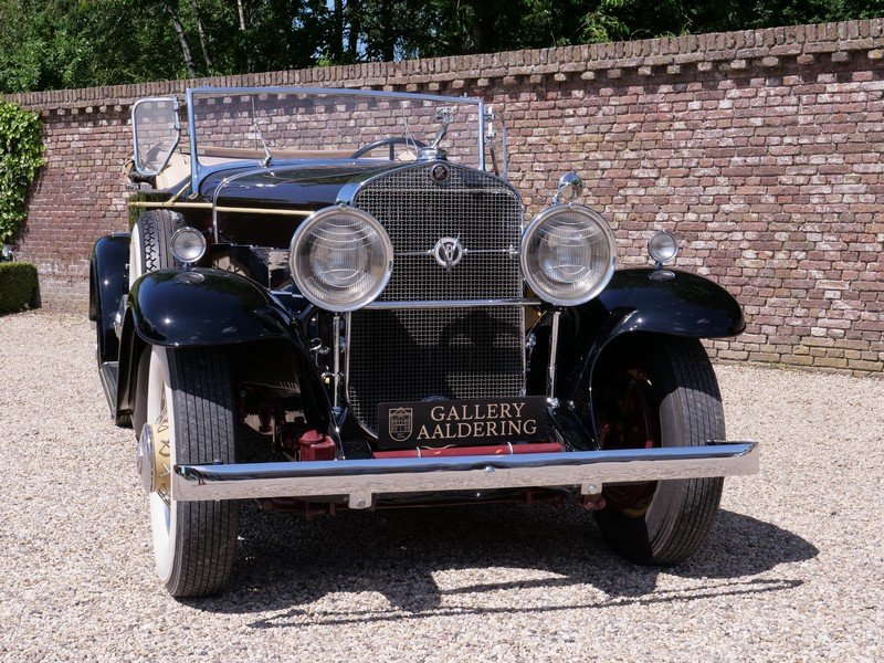 1931 Cadillac V8 Roadster Model 355A by Fleetwood For Sale (picture 5 of 6)