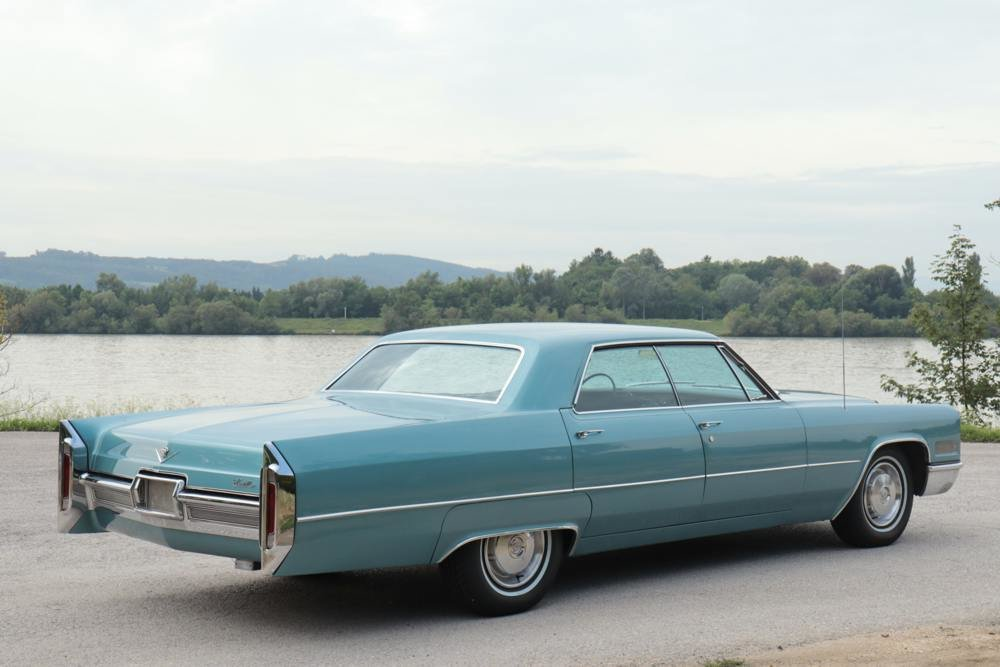 Cadillac Deville 4-door Hardtop 1966 For Sale (picture 3 of 6)