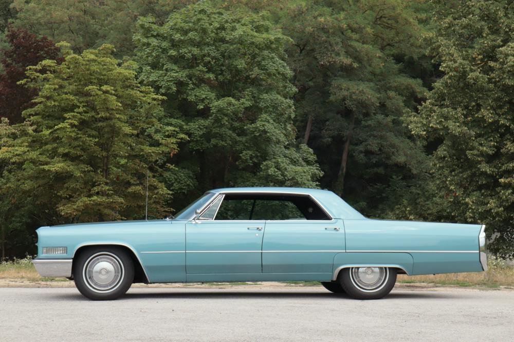 Cadillac Deville 4-door Hardtop 1966 For Sale (picture 4 of 6)