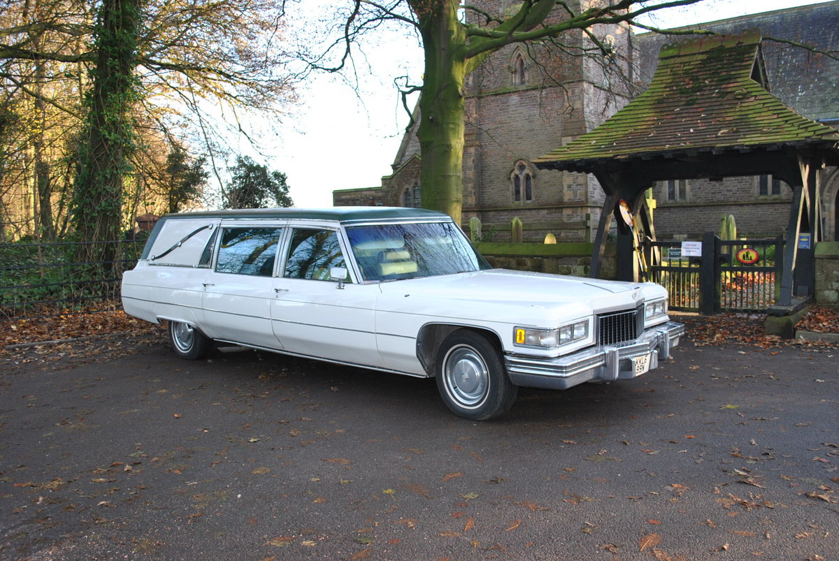 1975 Hearse Hire Cadillac Fleetwood S&S Superior Funeral Coach For Hire (picture 2 of 6)