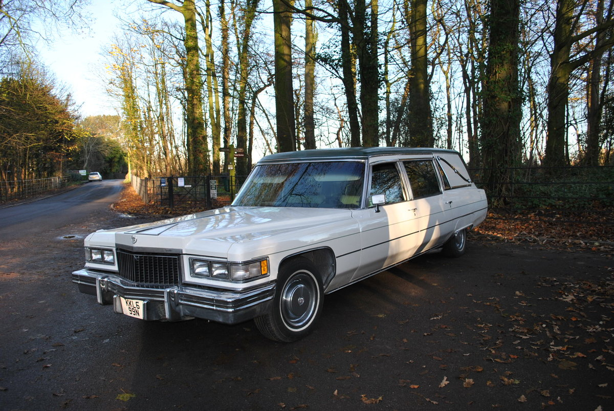 1975 Hearse Hire Cadillac Fleetwood S&S Superior Funeral Coach For Hire (picture 4 of 6)