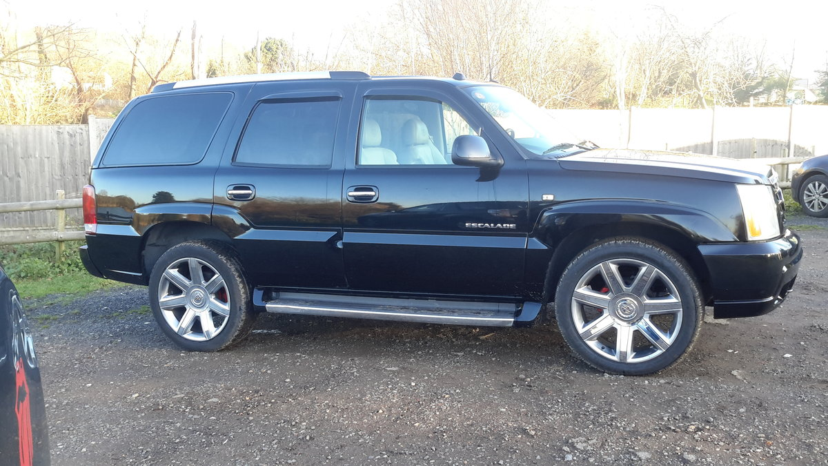2005 CADILLAC ESCALADE 6.0 V8 VORTEC AUTOMATIC For Sale (picture 4 of 6)
