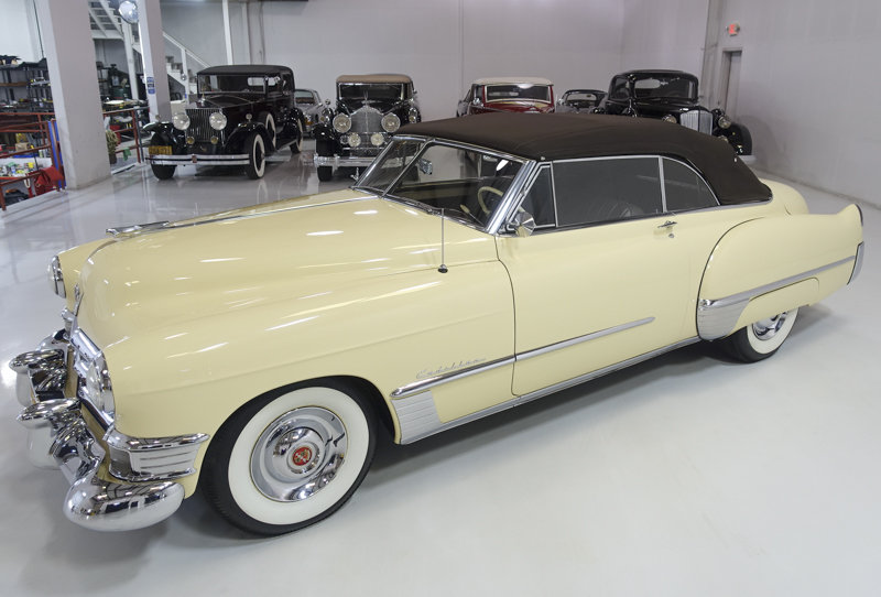 Fiesta Ivory 1949 Cadillac 62 Series Convertible For Sale (picture 3 of 6)