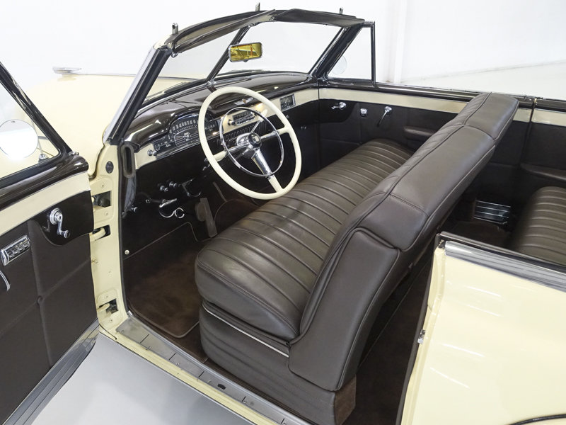 Fiesta Ivory 1949 Cadillac 62 Series Convertible For Sale (picture 4 of 6)
