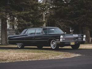 1967 Cadillac Series 75 Fleetwood Limousine  For Sale by Auction