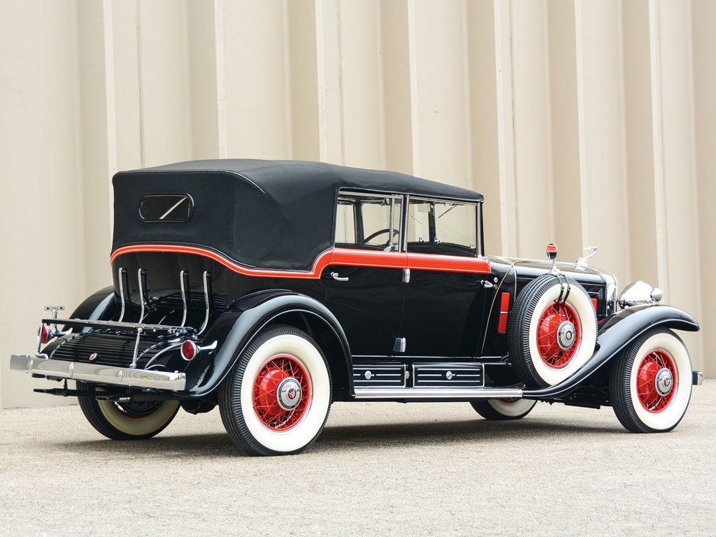 1930 Cadillac V-16 All-Weather Phaeton by Fleetwood For Sale by Auction (picture 2 of 6)