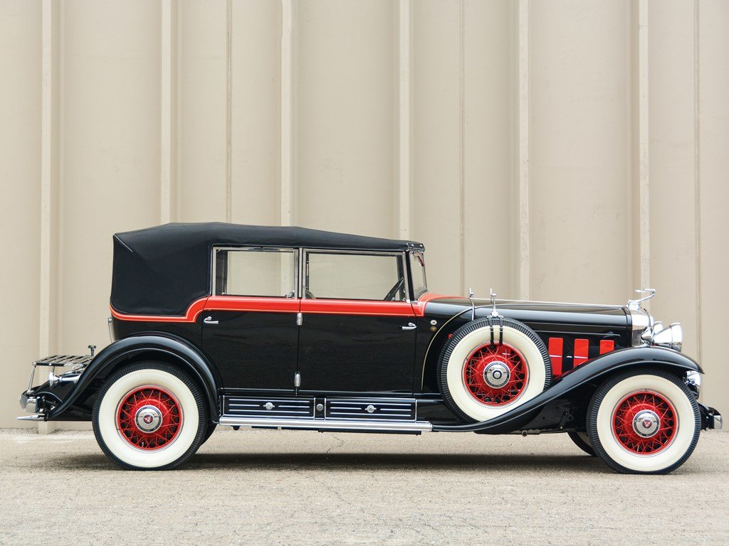 1930 Cadillac V-16 All-Weather Phaeton by Fleetwood For Sale by Auction (picture 5 of 6)