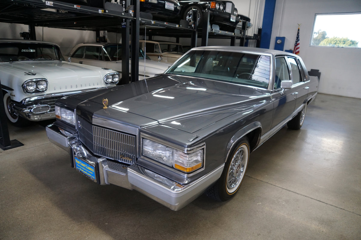 Orig CA owner 1992 Cadillac Brougham 5.0 V8 23K miles For Sale (picture 1 of 6)