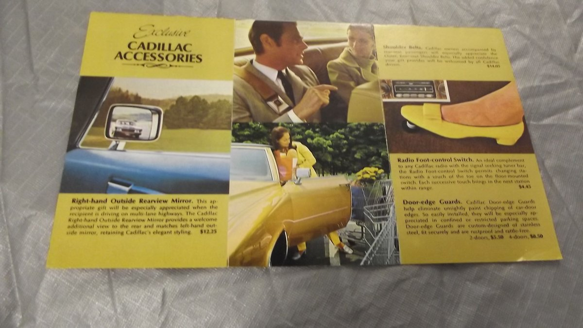 0000 CADILLAC BROCHURES AND MEMORABILIA For Sale (picture 6 of 6)