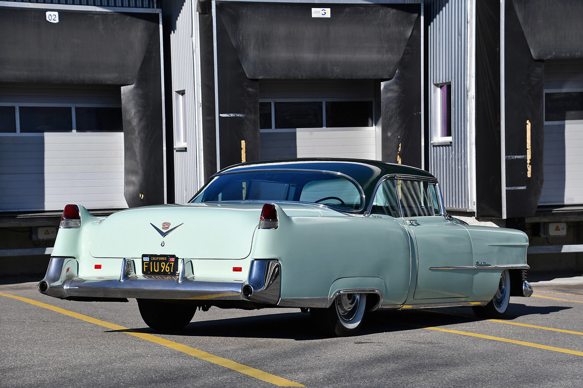 1954 Gorgeous Cadillac Coupe with probably just 92'000 km For Sale (picture 6 of 6)
