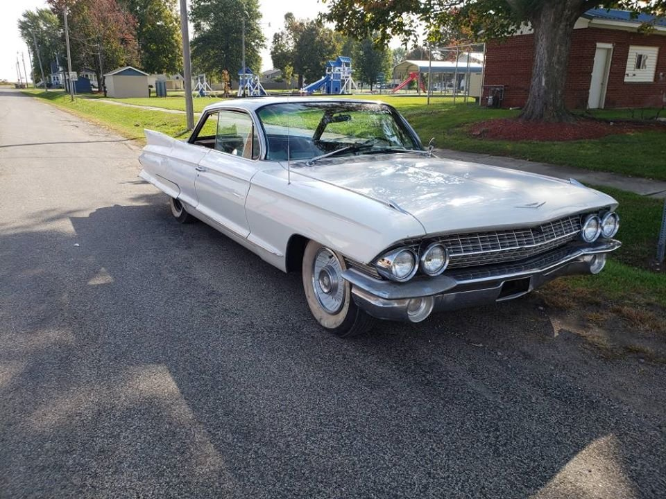 1961 Cadillac Coupe DeVille For Sale (picture 1 of 6)