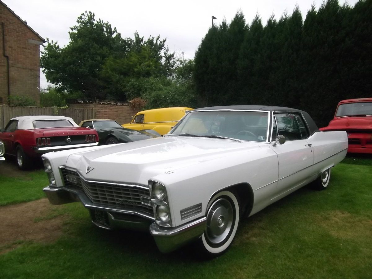 1967 Cadillac Coupe DeVille, 429 Big Block V8, Automatic SOLD (picture 2 of 6)