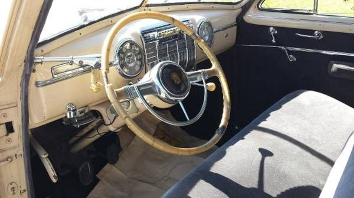 1941 Cadillac 61 4DR Sedan For Sale (picture 4 of 6)