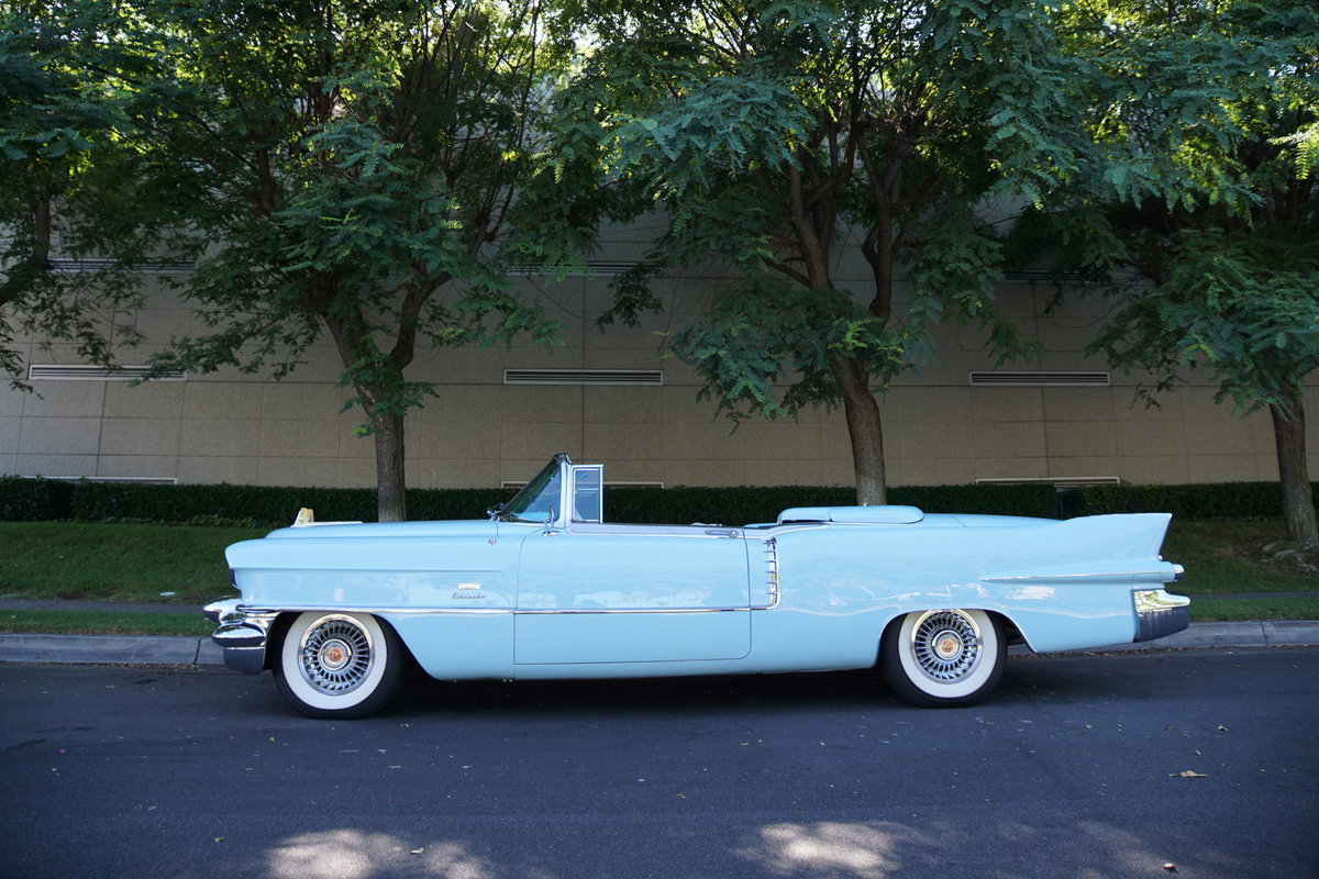 1956 Cadillac Eldorado Biarritz Convertible -Fully restored For Sale (picture 2 of 6)