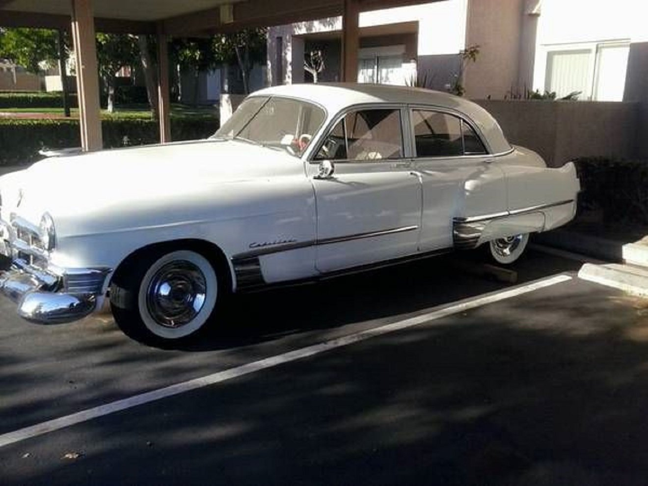 1949 Cadillac Fleetwood 4DR Sedan .. White For Sale (picture 1 of 6)