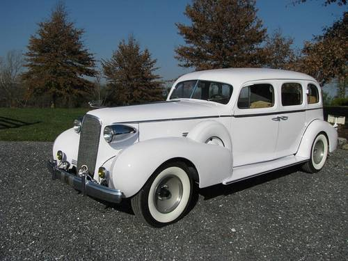 1937 Cadillac Fleetwood 85 4DR Touring Sedan V12 For Sale (picture 1 of 6)