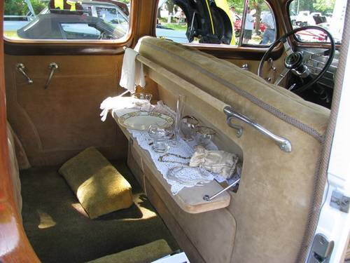 1937 Cadillac Fleetwood 85 4DR Touring Sedan V12 For Sale (picture 5 of 6)