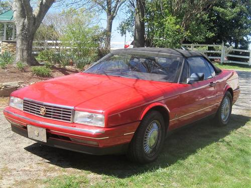 1992 Cadillac Allante Convertible For Sale (picture 1 of 6)