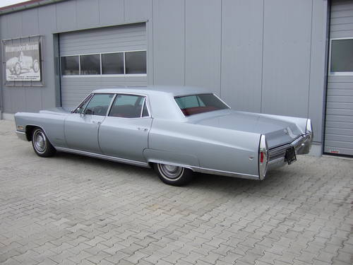 1968 Cadillac Fleetwood in unrestored -- timewarp condition For Sale (picture 2 of 6)