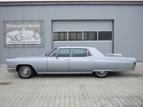 1968 Cadillac Fleetwood in unrestored -- timewarp condition For Sale (picture 3 of 6)