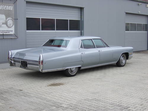1968 Cadillac Fleetwood in unrestored -- timewarp condition For Sale (picture 4 of 6)