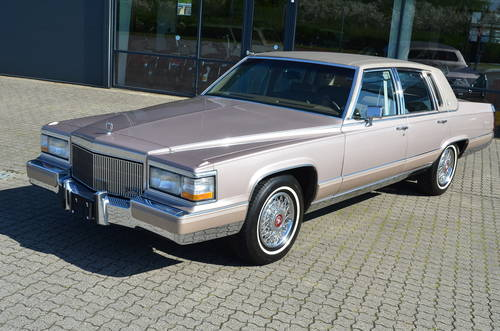 1992 Cadillac Brougham Elegance Aut. 5.0 litre SOLD (picture 1 of 6)