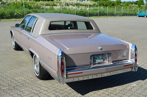 1992 Cadillac Brougham Elegance Aut. 5.0 litre SOLD (picture 2 of 6)