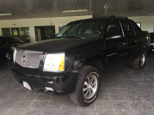 2003 2002 Cadillac Escalade EXT 6.0 V8 For Sale (picture 3 of 6)