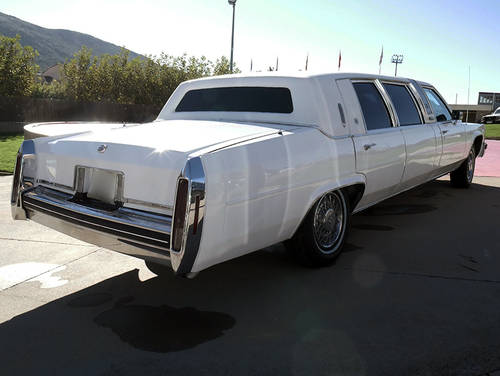 1984 Cadillac DeVille Limousine For Sale (picture 2 of 6)