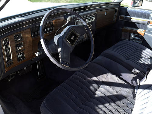 1984 Cadillac DeVille Limousine For Sale (picture 5 of 6)