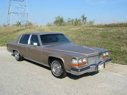 1986 Cadillac Fleetwood Brougham 4DR Sedan For Sale (picture 2 of 6)