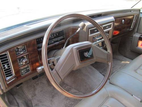 1986 Cadillac Fleetwood Brougham 4DR Sedan For Sale (picture 4 of 6)