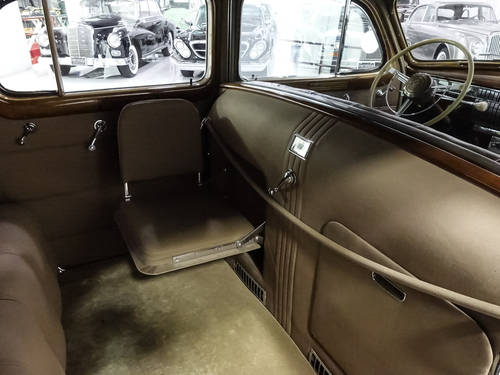 Howard Hughes' 1940 Cadillac Fleetwood Series 75 For Sale (picture 5 of 6)