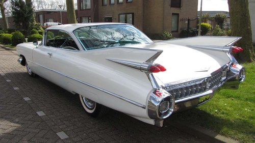 Cadillac de Ville Coupe 1959  & 50 USA Classics For Sale (picture 3 of 6)